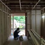 香住ヶ丘の家、内部造作工事に入ってます。