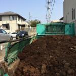 外構工事の手伝い。残土処分をしました。