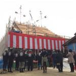 お付き合いのある、社寺建築専門工務店さんの、お寺の棟上げに参加してきました!
