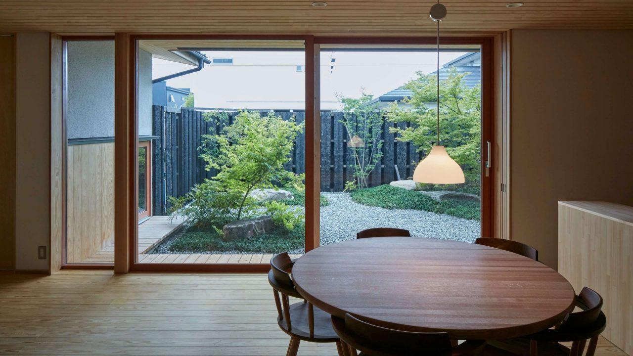 佐賀県基山町の新築注文住宅「庭と共に暮らす家」の内観写真