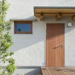 【四季の住まい-鳥飼7】玄関ドアはどんなモノ??