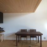 ゲストハウスで写真撮影が。ファイヤーワールド福岡様の駐車場追加コンクリート工事。